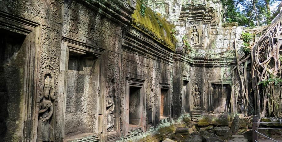 Demi-journée à la rencontre des temples oubliés